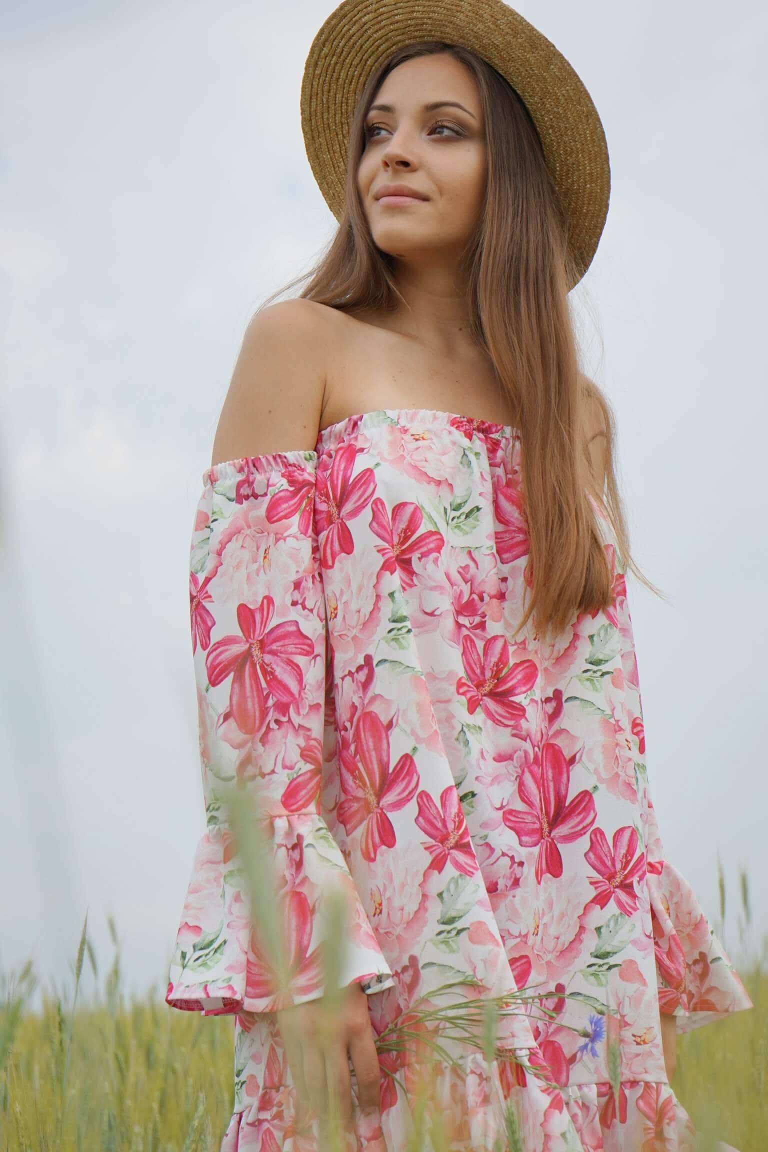 a9d74b84f30 Sukienka w kwiaty w stylu boho Tulum - Lasarta.pl - Sklep odzieżowy